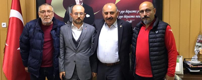 Karabükspor Asbaşkanı Başkan Öztürk' ü  makamında ziyaret etti