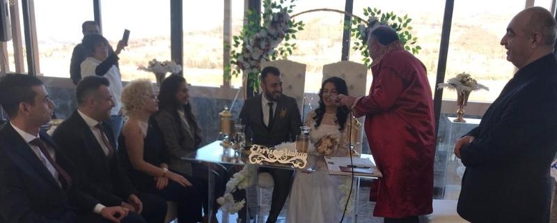 Belediye Başkanı Vedat Öztürk' ün oğlu Atakan Öztürk' ün nikahını kıydı