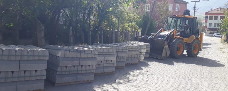 Reis Sokakta kilitli parke çalışmaları başladı