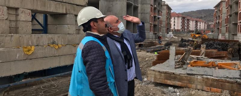 Belediye Başkanımız Vedat Öztürk 2.Etap TOKİ şantiyesine gitti.