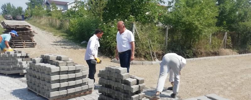 Kahyaoğlu Caddesinde çalışmalar devam ediyor